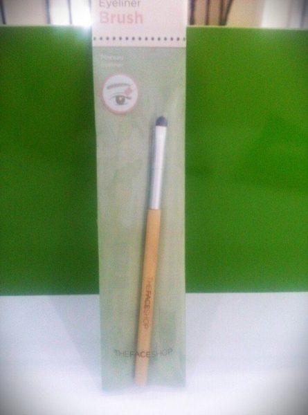 Eyeliner Brush 1