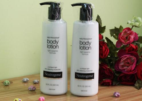 Neutrogena Body Lotion Light Sesame Formula1