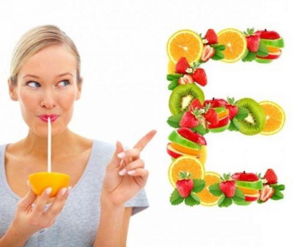Vitamin E giúp cung cấp độ ẩm làm trắng da hiệu quả | Vitamin E giúp cung cấp độ ẩm làm trắng da hiệu quả