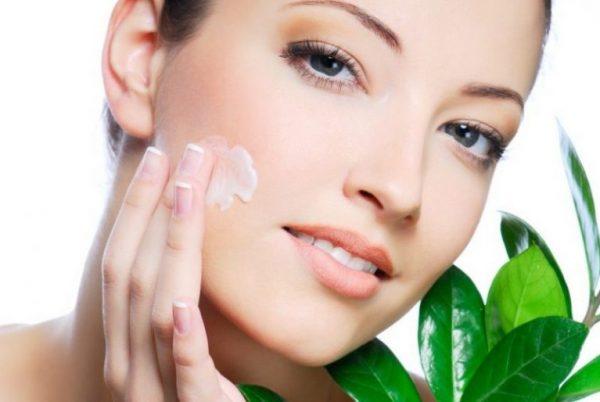 Dùng lotion thường xuyên để da mịn màng săn chắc | Dùng lotion thường xuyên để da mịn màng săn chắc