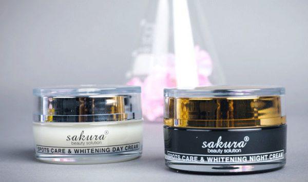 Kem trị nám Sakura Spots Care Whitening ngày và đêm 1