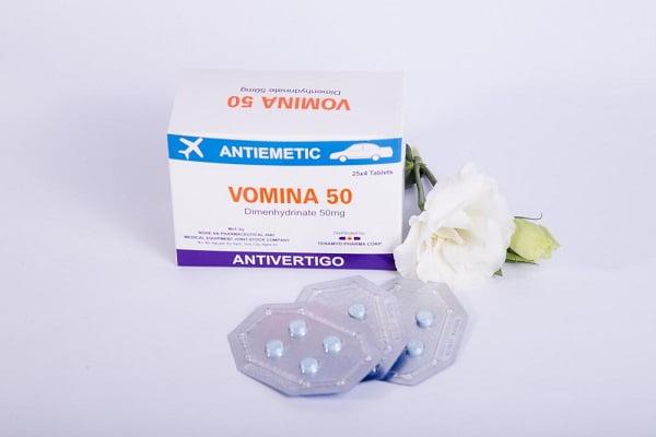 Thuốc chống say xe Vomina dang viên uống dễ dàng sử dụng tiện lợi khi mang đi | Thuốc chống say xe Vomina dang viên uống dễ dàng sử dụng tiện lợi khi mang đi