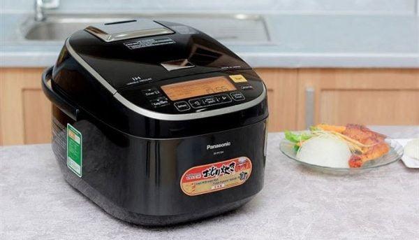 Nồi cơm điện cao tần có thiết kế phù hợp với mọi không gian bếp